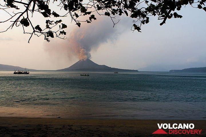 despre vulcanul krakatau
