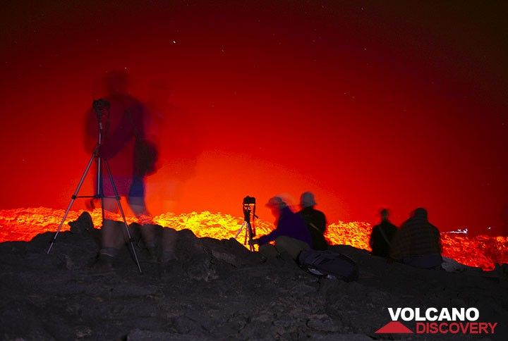 During our 3 days and nights, we spend countless hours simply watching the lava lake at night. (Photo: Tom Pfeiffer)
