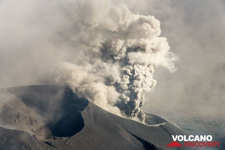 Raung volcano, East Java, Indonesia: The new cinder cone has two main vents; the smaller to the SW was producing intermittent, and sometimes continuous ash jets. (Photo: Tom Pfeiffer)