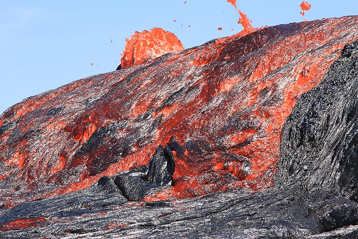 Lava was moving at several meters per second speed. (Photo: Paul Reichert)